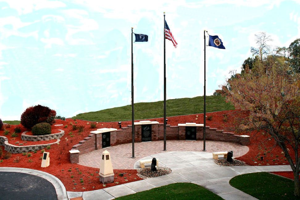 Aerial photo of the Oakdale Veterans Memorial at City Hall